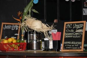 Oliver y Vega idearon un concepto en el que no se sirvan alimentos genéticamente modificados.