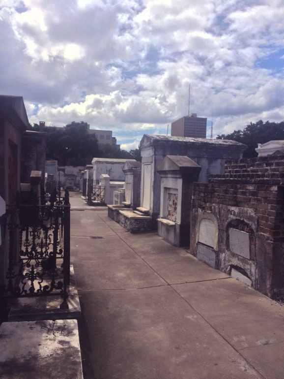 saint louis cemetery 2